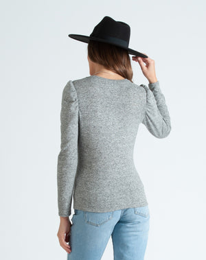 misty puff long sleeve brushed hacci top pepper