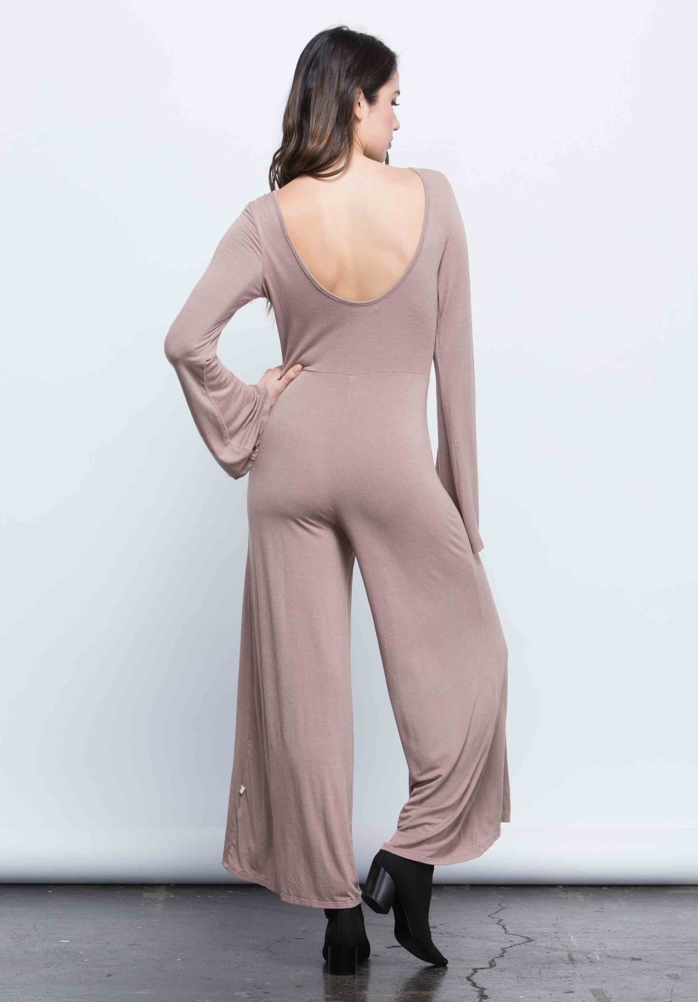 EMILY SCOOP BACK JUMPSUIT | TAUPE