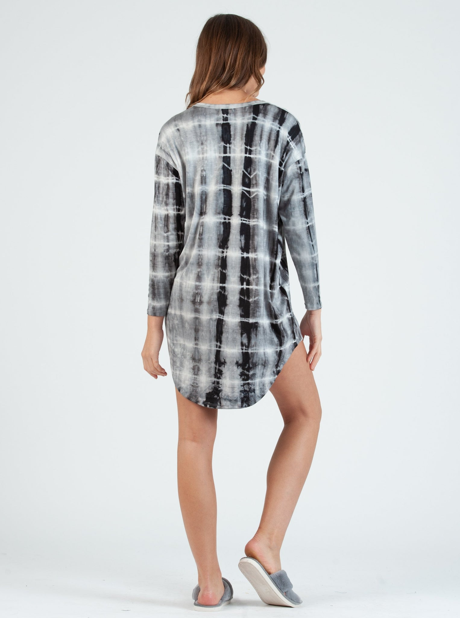 olivia V-Neck GREY TIE DYE Knit Dress