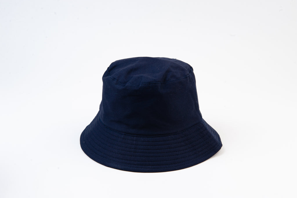 NAVY REVERSIBLE BUCKET HAT