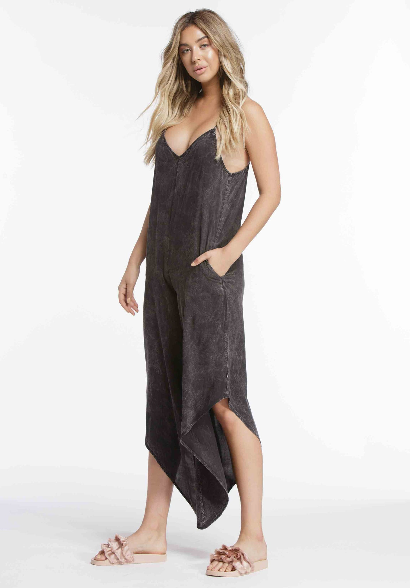 KIMBERLY WATERFALL LEG JUMPSUIT | BLACK
