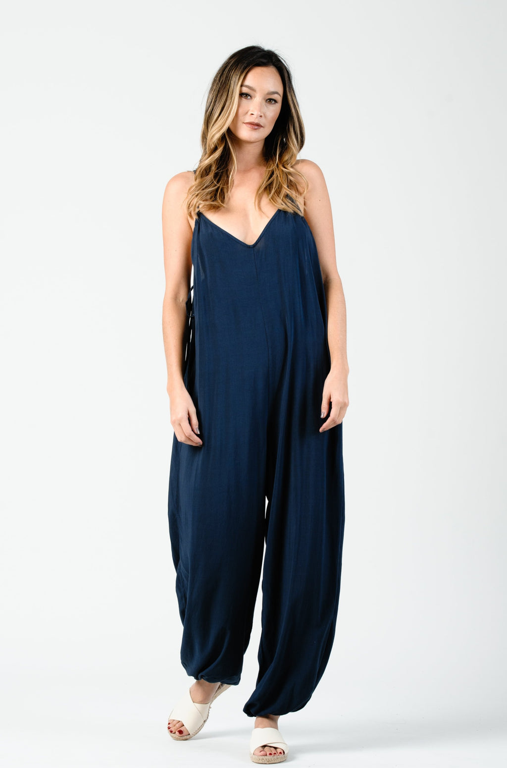 HALTER TIE SIDE JUMPSUIT | NIGHT
