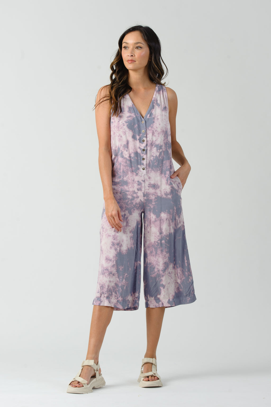 GRAPE V-NECK BUTTON UP JUMPSUIT | GRAPE
