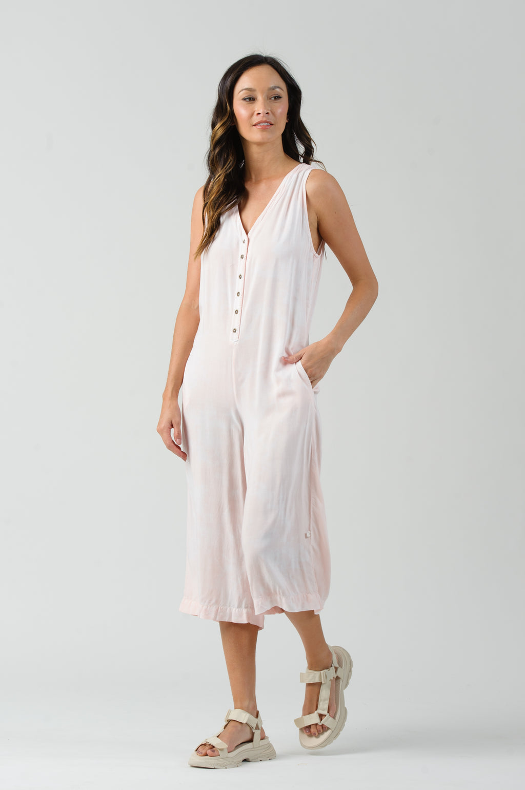 STRAWBERRY MILK V-NECK BUTTON UP JUMPSUIT | STRAWBERRY MILK