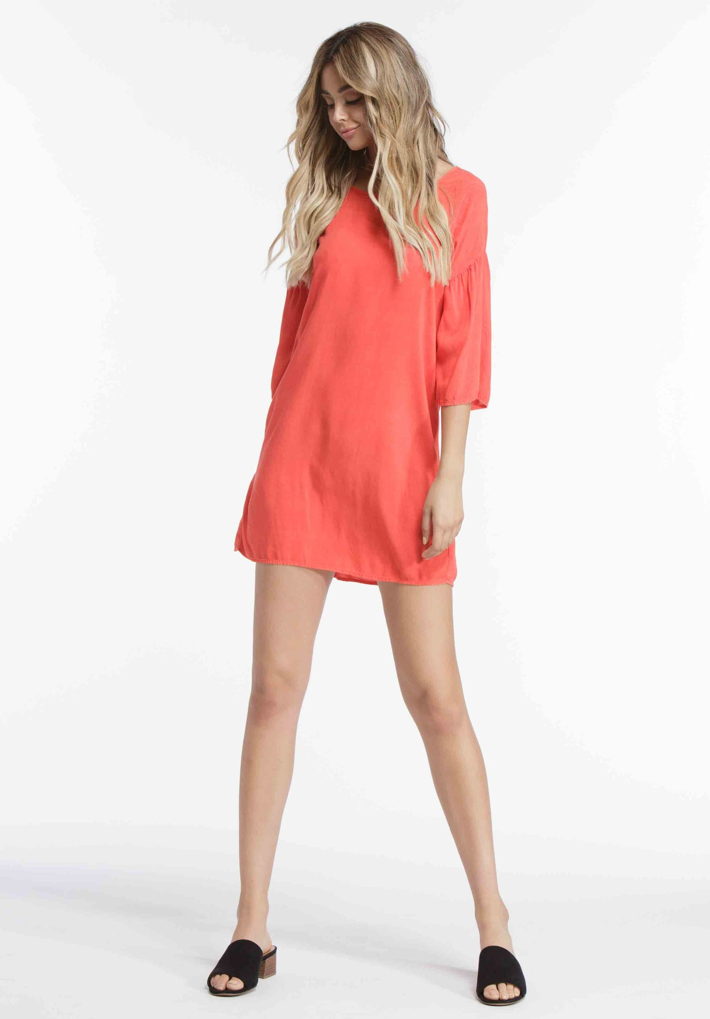 SOPHIE TRUMPET SLEEVE MINI DRESS | RED