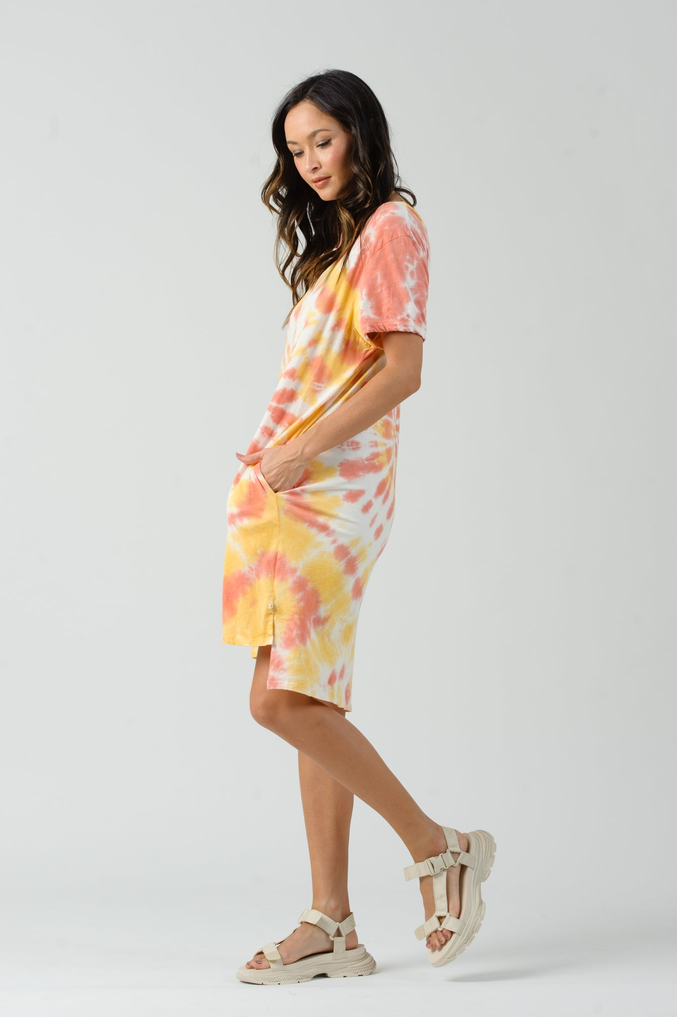 JAZZY T-SHIRT DRESS | STARBURST
