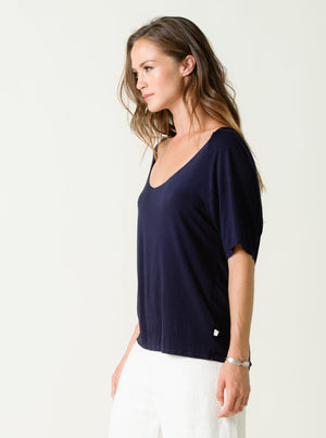 KATIE WIDE SCOOP NECK RAGLAN TOP  | NAVY BLUE