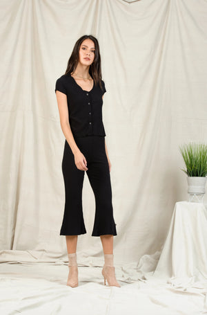 DREE FLARED CAPRI | BLACK