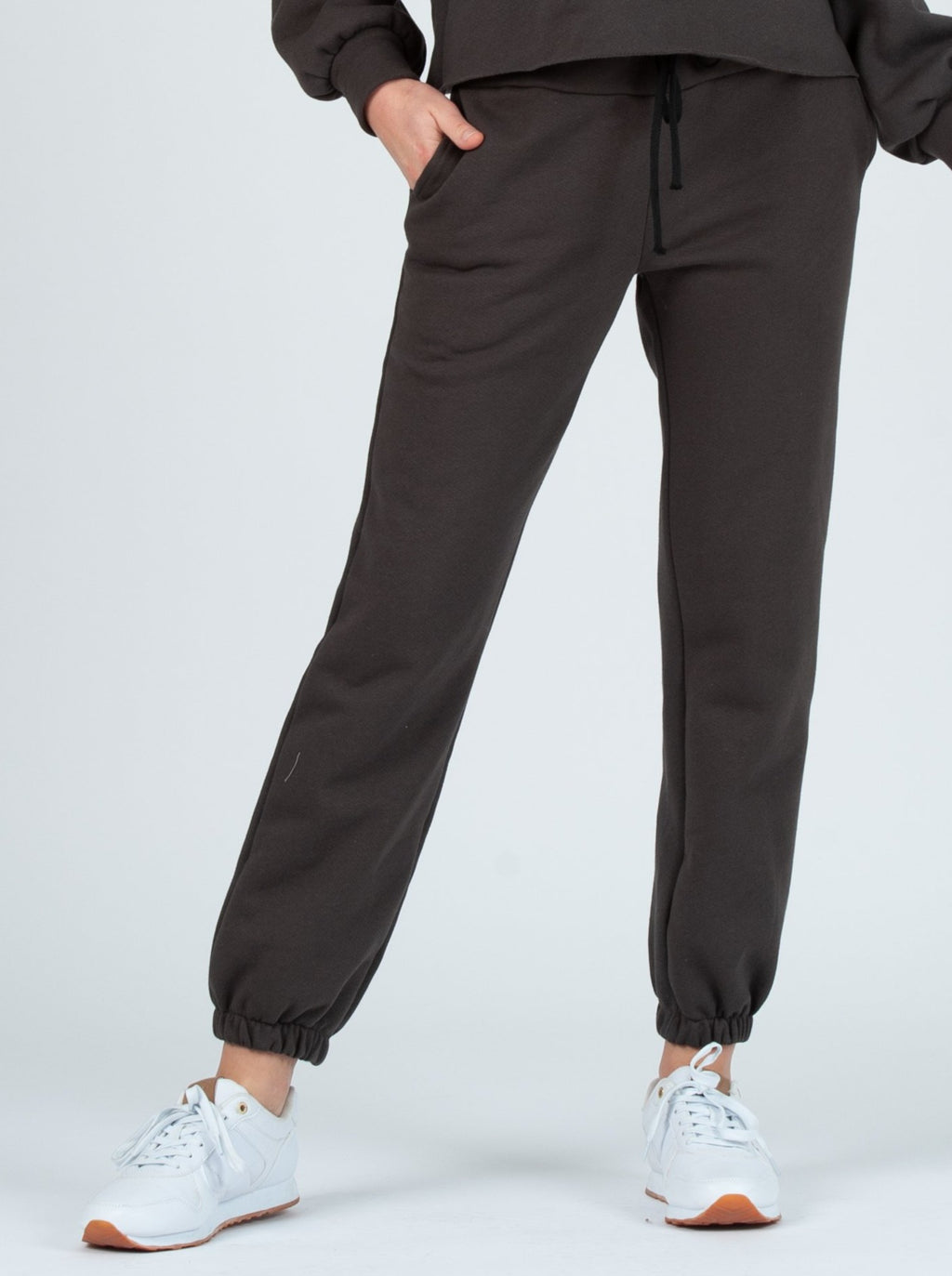 dubrovnik french terry sweat pant charcoal