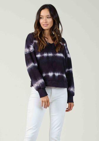 STOCKHOLM V-NECK SWEATSHIRT | NAVY/PURPLE TIE DYE