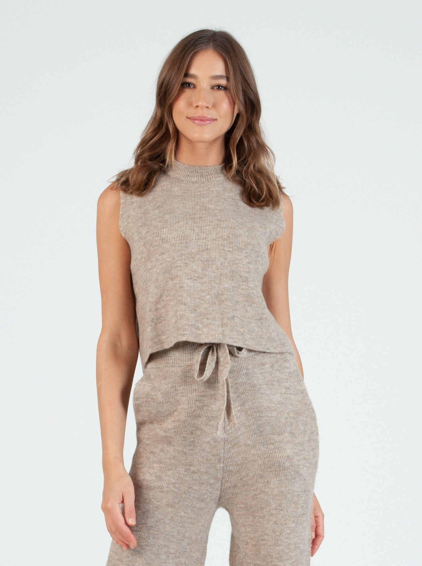 TEFF Oatmeal Sweater Shell