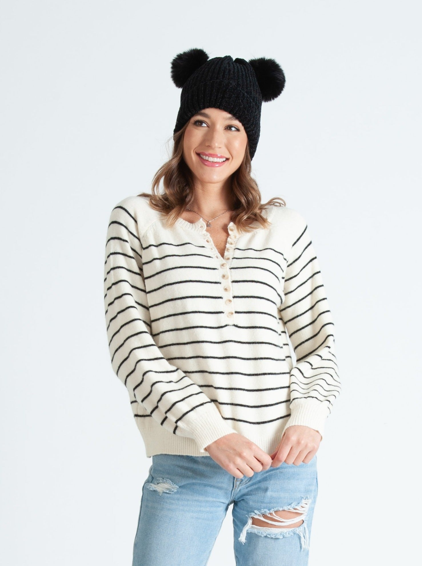 CONNETICUT NAVY STRIPED SWEATER