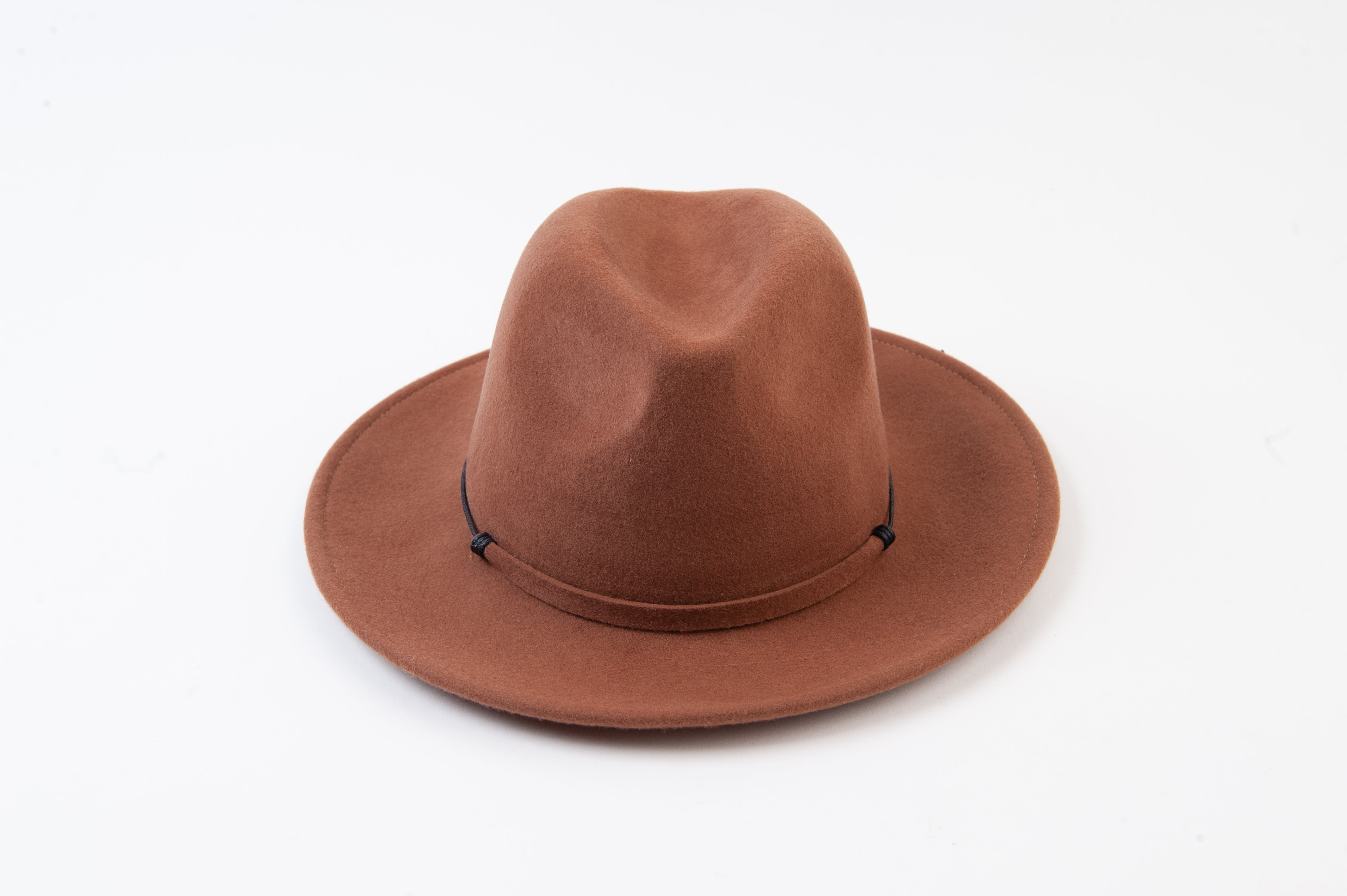 FLAT BRIM WOOL FEDORA HAT W/TRIM | BROWN
