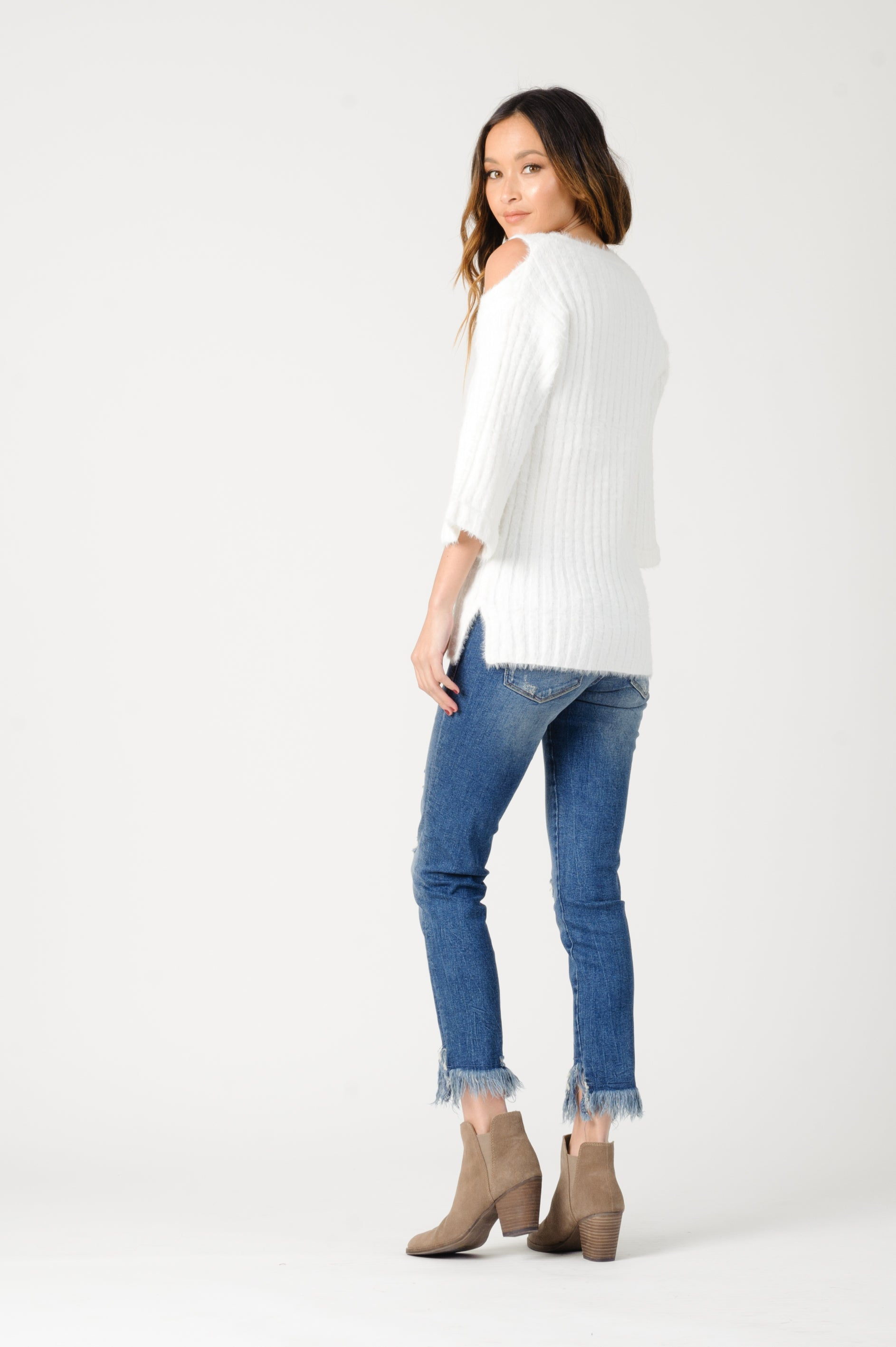 BIANCA SWEATER | WHITE
