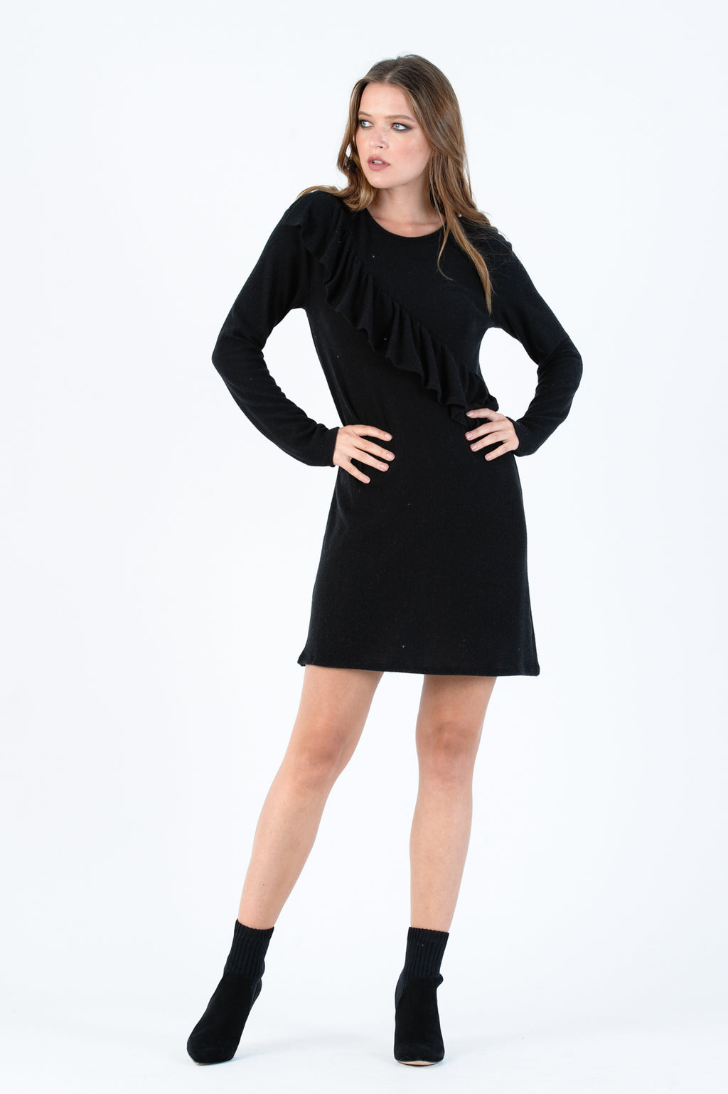 POLAR RUFFLE DRESS | BLACK