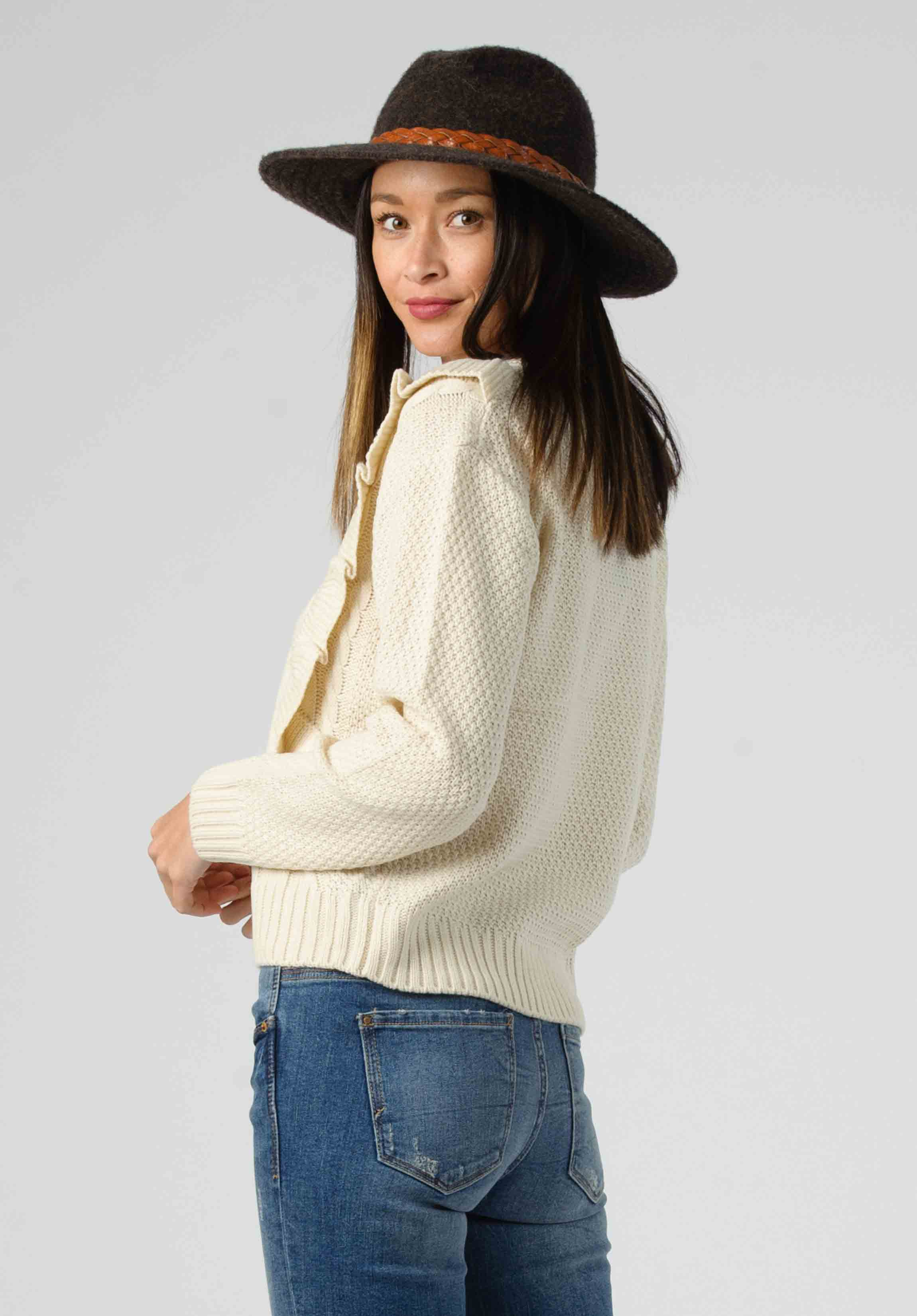 CABLE KNIT RUFFLE SWEATER | CREAM