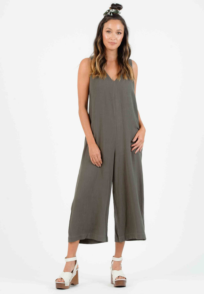 IPSUM SIDE BUTTON JUMPSUIT | OLIVE