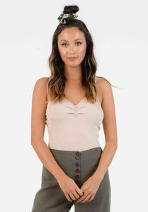 IZZY BUTTON FRONT BODYSUIT | TAUPE