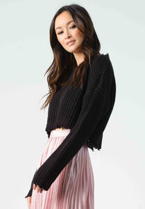 VINCE CROPPED EDGE SWEATER | BLACK