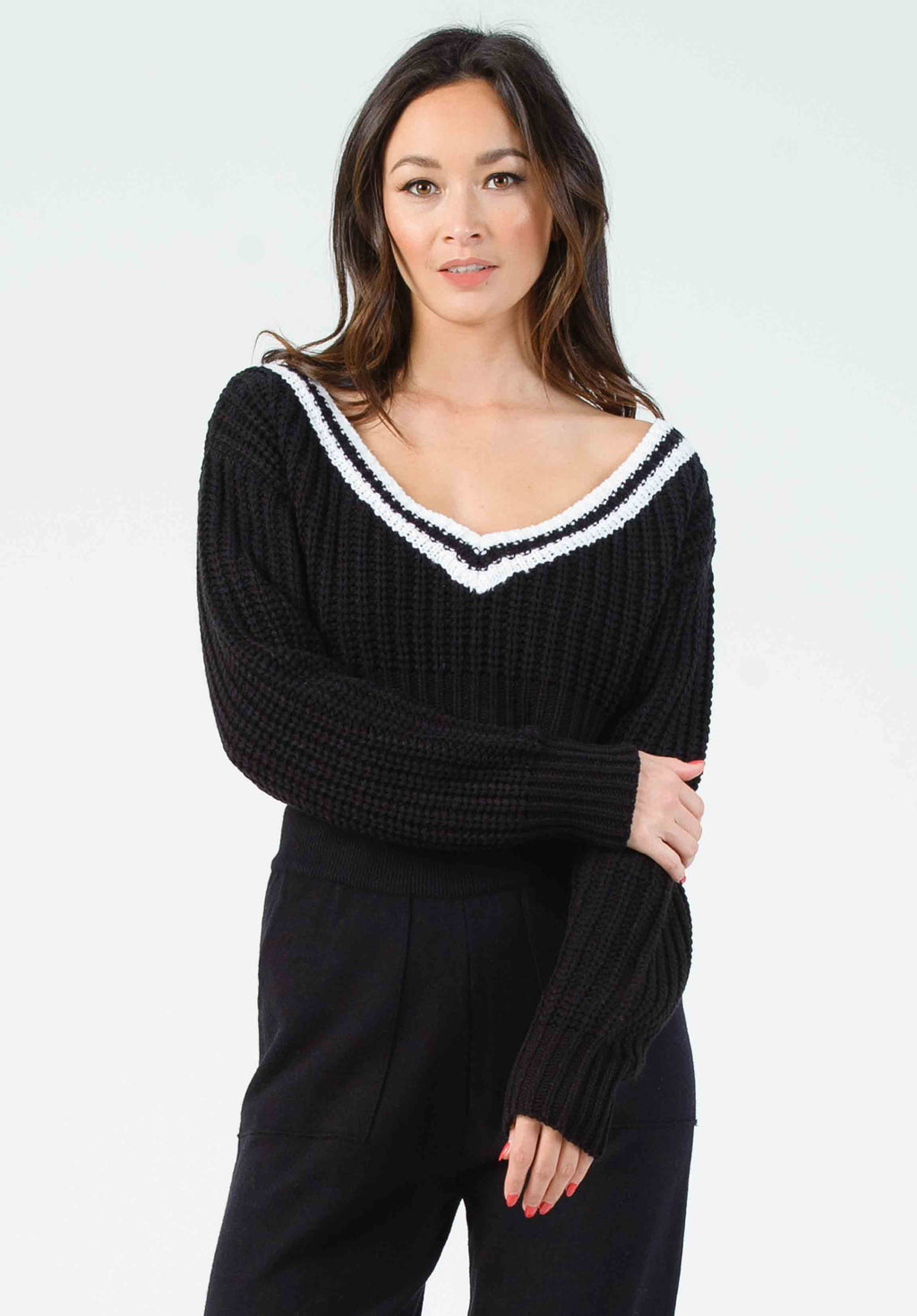 JOEY VARSITY CROPPED SWEATER | BLACK
