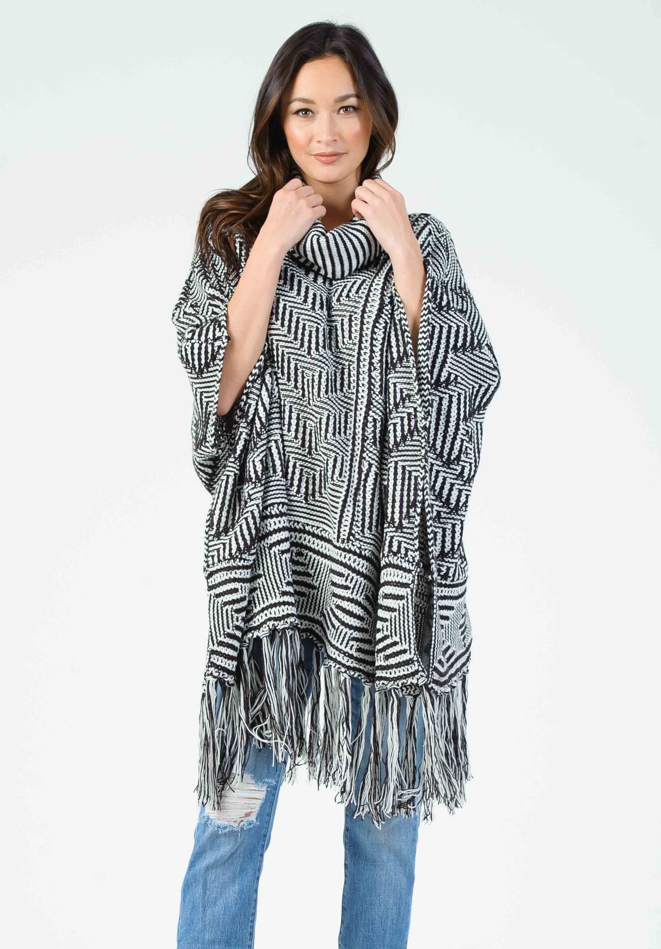 GREG MOSAIC PONCHO | BLACK/WHITE