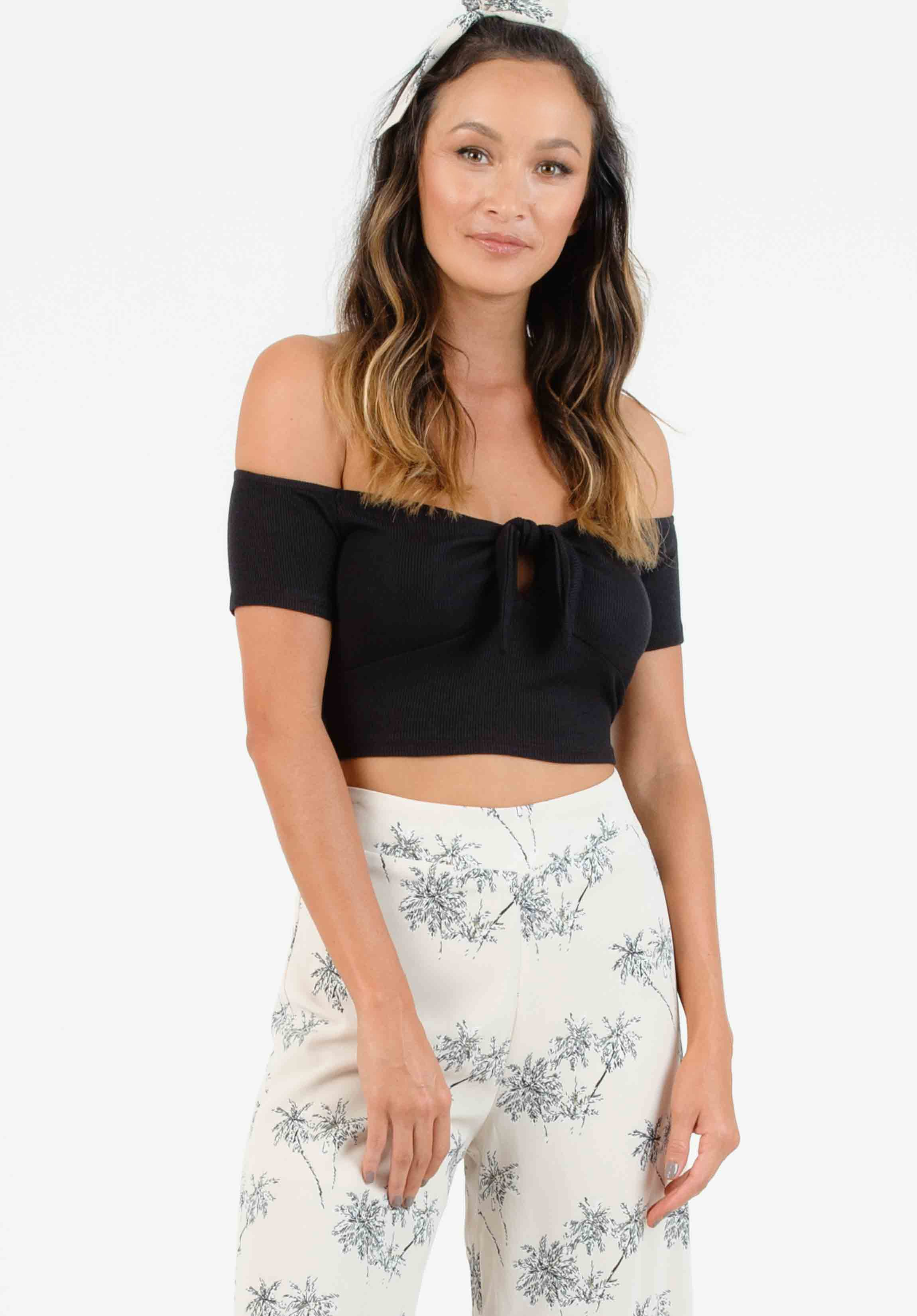 ROLLAND TIE-FRONT CROP TOP | BLACK