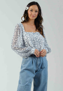 BUTTERCUP BALLOON SLEEVE TOP | ASH BLUE ANIMAL