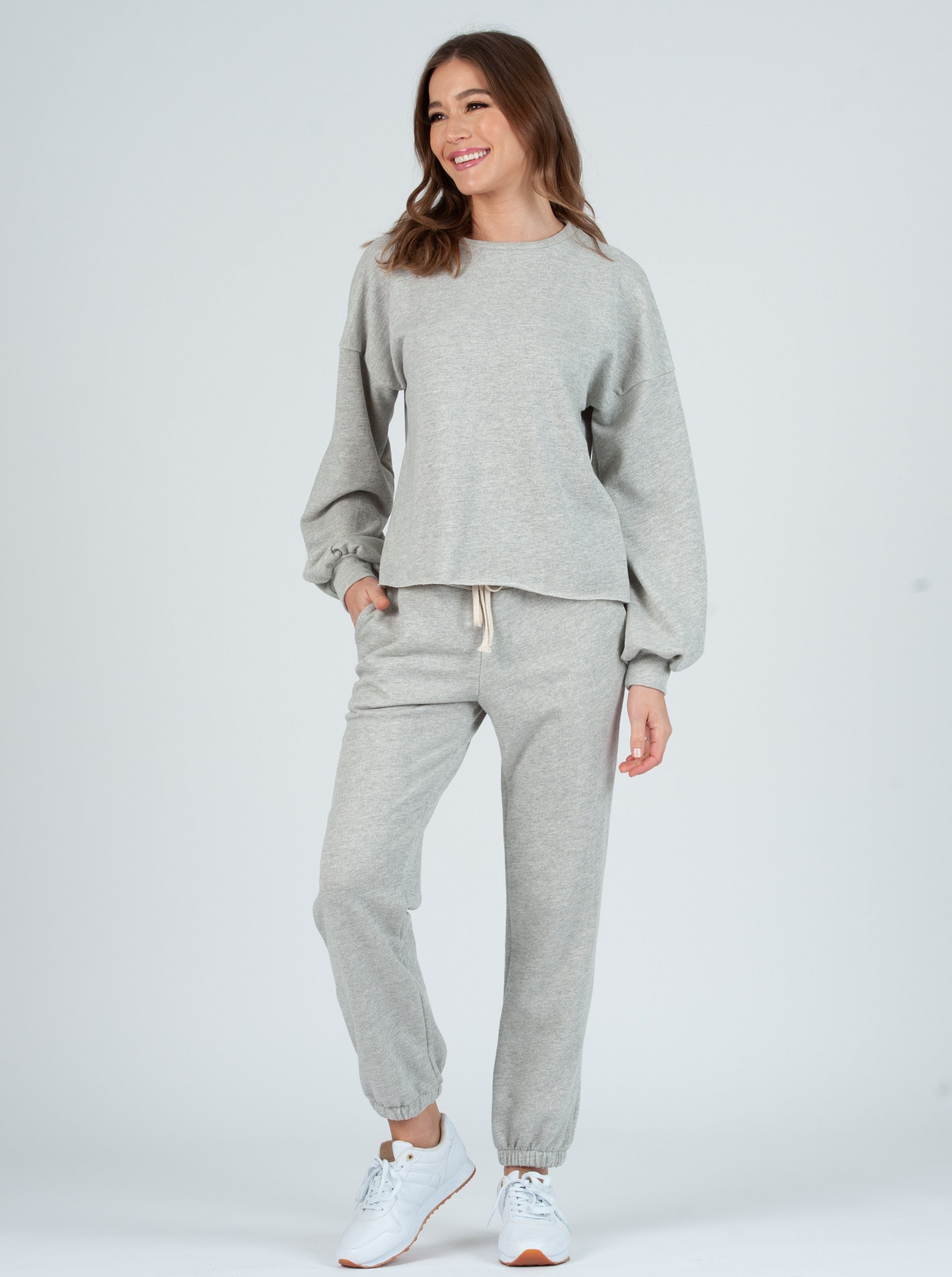 FAYE HEATHER GRAY FRENCH TERRY SWEATSHIRT & PANT SET