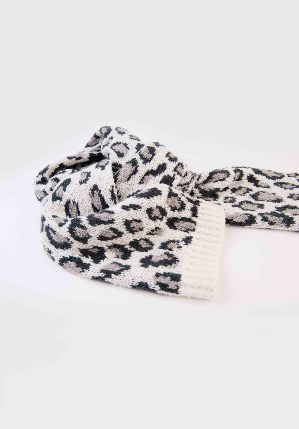 ANIMAL PRINT SCARF | WHITE LEOPARD