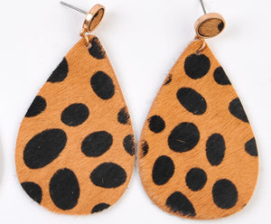 TAN CHEETAH  EARRINGS