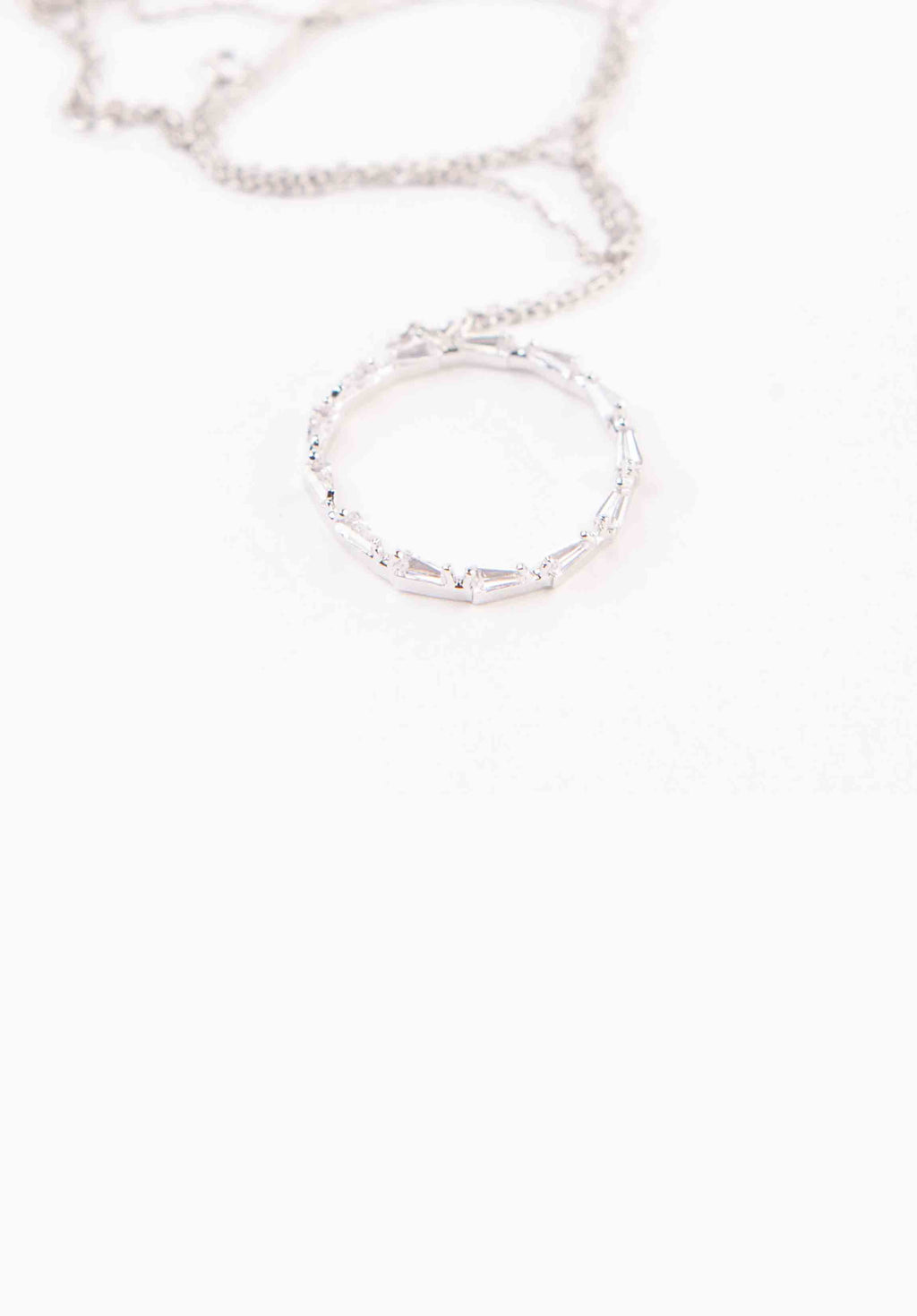 HALO NECKLACE | WHITE GOLD