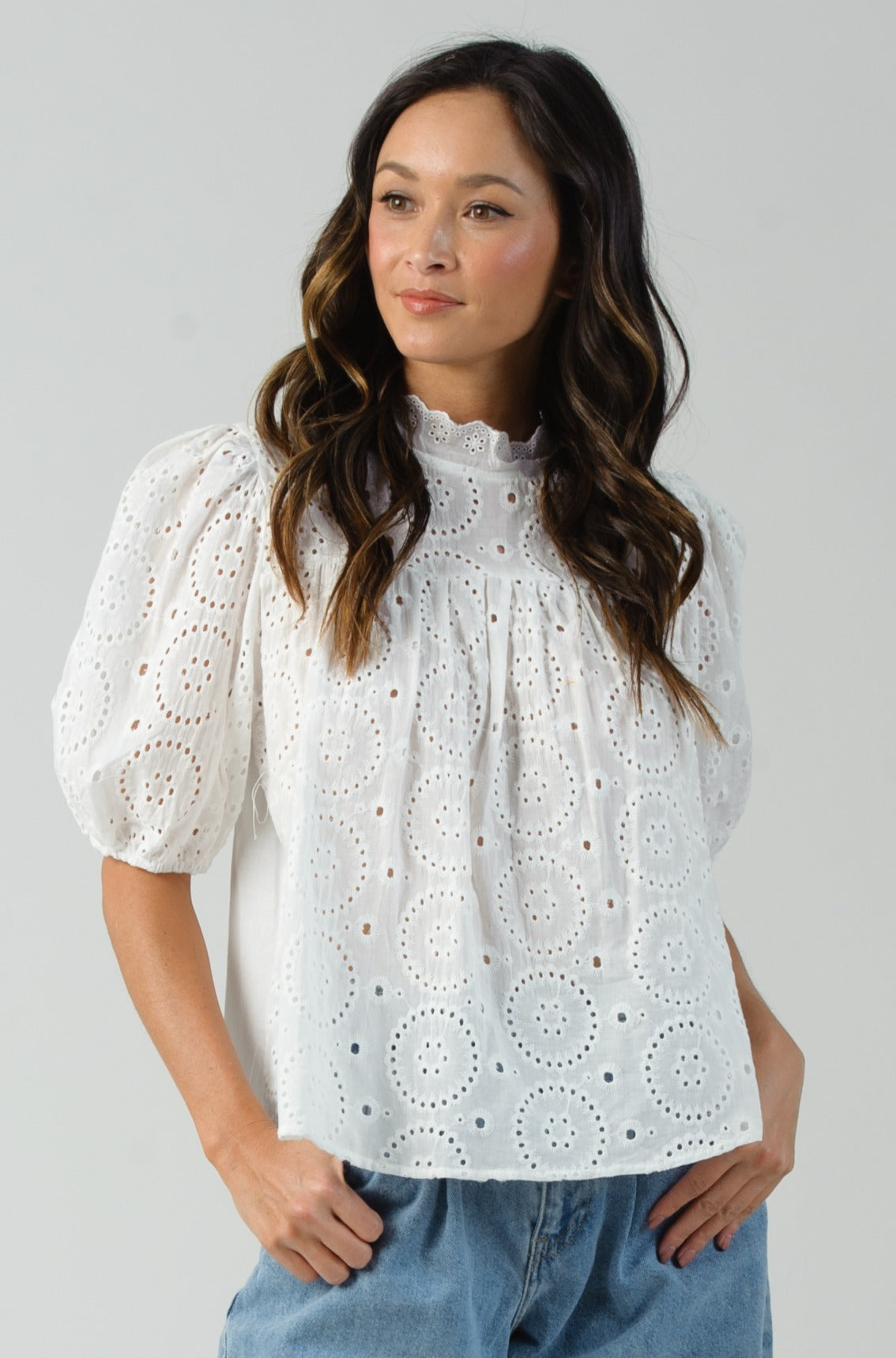 HECATE MOCK NECK BLOUSE  | WHITE