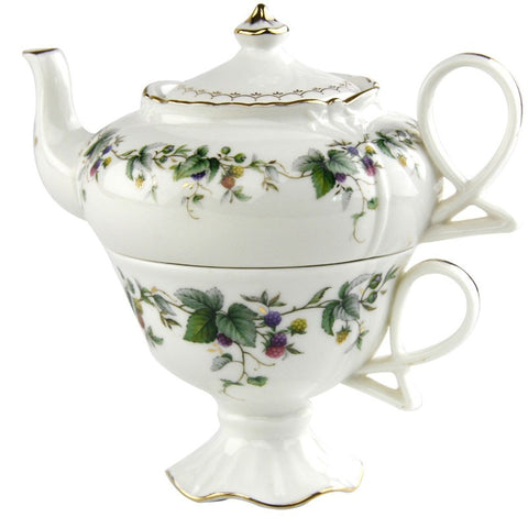 Berry Vine 4-Piece Tea For One