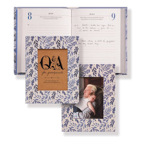 Q&A a Day for Grandparents: A 3-Year Journal of Memories and Mementos