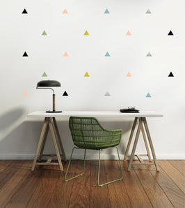 Stickers muraux triangles by PÖM le Bonhomme