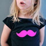 Motif thermocollant moustache rose by PÖM le Bonhomme