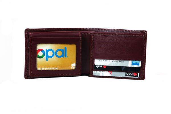 No 835 SR 2 ID - (one side reversed credit cards panels)