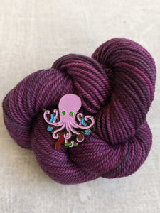 Project Knitter Octopus pin