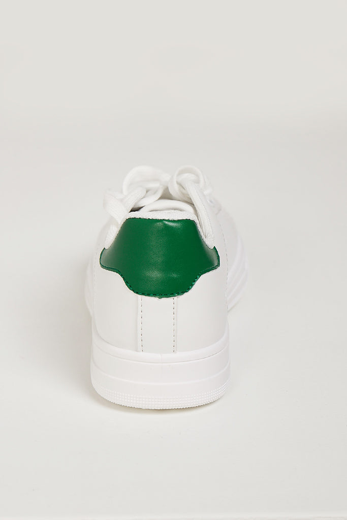 Aggie White With Green Trainers