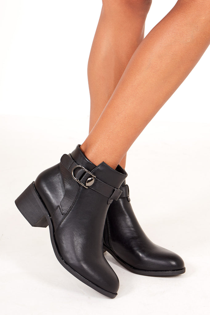 Eshter Black Leatherette Chelsea Boot