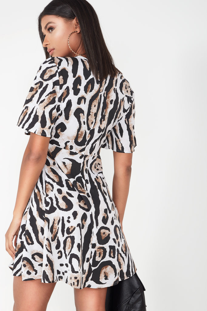 Fanceen Leopard Tie Front Tee Dress