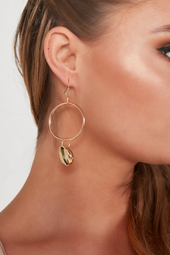 Gold Hoop With Shell Charm