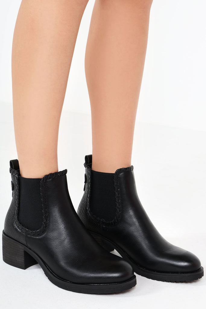 Maddy Black Leatherette Contrast Chelsea Boot
