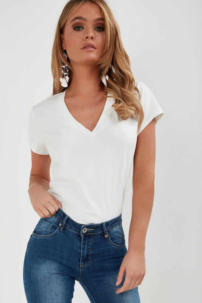 Nori White Basic V Neck T-Shirt
