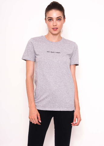 No Bad Vibes Tee in Grey
