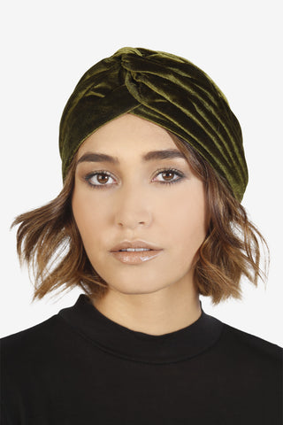 Green Aura Velvet Turban
