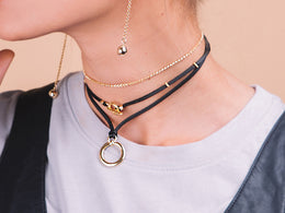 Must Be Love wrap choker - gold / Gold View 2