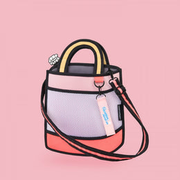 Heatwave Handbag in Pink