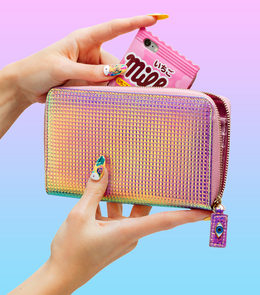 Long Wallet in Holographic Pink View 2