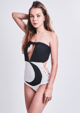 Crescent Moon-Suit Monokini